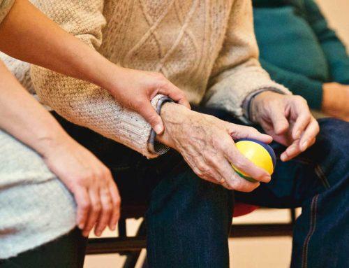 Zadłużony dziadek, zadłużona babcia. Seniorzy mają coraz większe długi