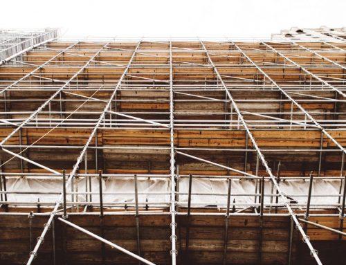 Złodzieje okradają place budowy. Ginie sprzęt techniczny, kable, ale i cegły czy inne materiały do budowy domów