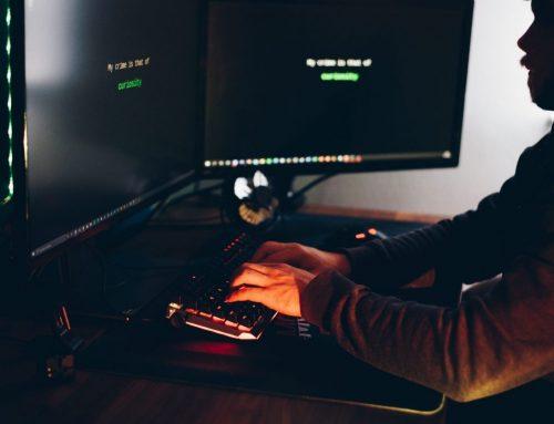 """Pułapki Internetu. Mnożą się przykłady oszustw """"na BLIKa"""" czy """"na kryptowaluty"""""""